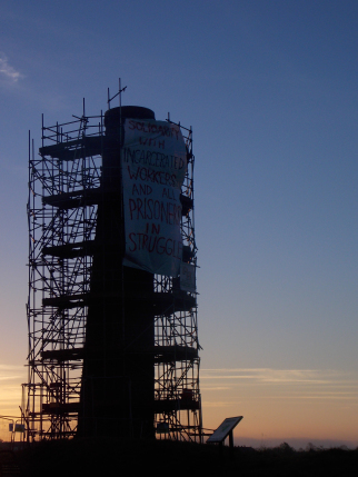 "n case you can't see the picture very well, it says ""solidarity with incarcerated workers and all prisoners in struggle"" This tower overlooks much of southeast Bristol, bringing the ongoing strike and prison struggles to the attention of 1000s of residents (as well as the many dog walkers that pass through the park every day)"